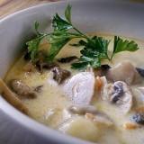 Zupa pieczarkowa, makaron
