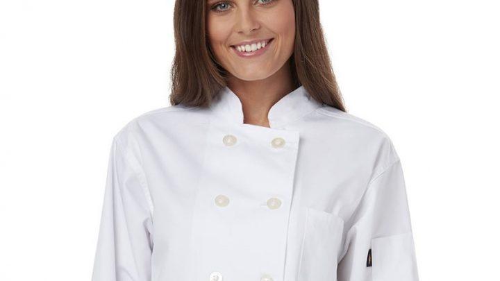 Bluzy gastronomiczne – jak zadbać o wygląd pracowników restauracji?